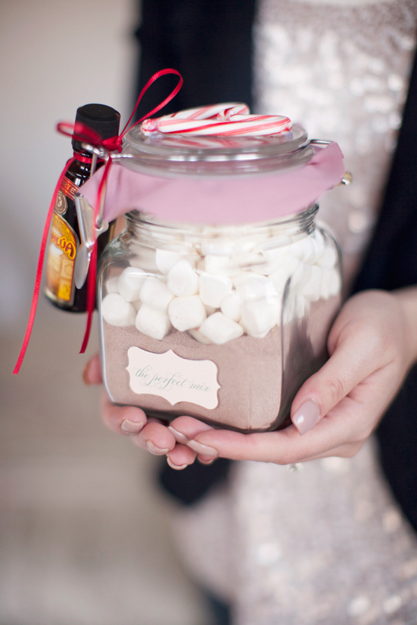 A small collection of my favorite gift wrapping ideas including this adult hot chocolate by Hey Gorgeous.