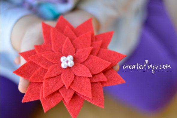 Felt Pointsettia // www.createdbyv.com