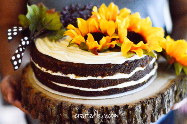 So rich and moist, perfectly spiced with cinnamon and nutmeg and topped with the most decadent cream cheese frosting, this carrot cake is a little slice of happiness. Give it a try and I bet it'll become your favorite, too!