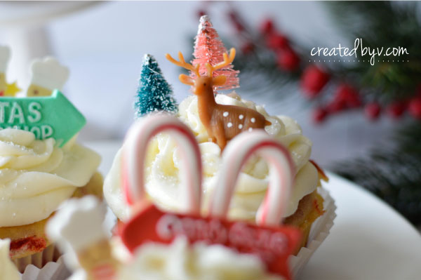 Inspired by mini winter scenes, step up a boxed cake mix by making fun and festive marbled cupcakes!