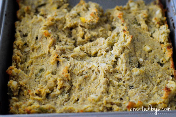 Step-by-Step Tutorial // This homemade cornbread stuffing is a much beloved and anticipated dish for the holiday season!